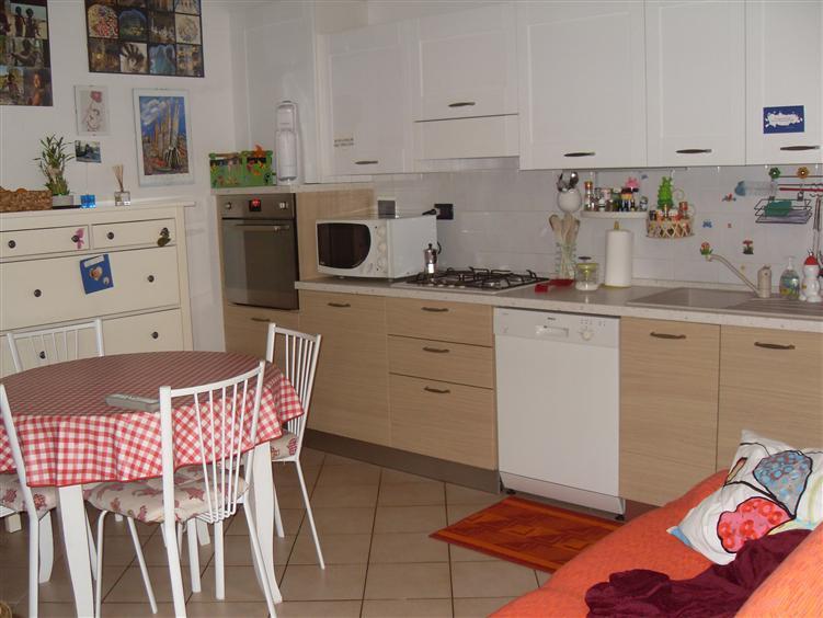 Appartamento in vendita a Borgo Virgilio, 2 locali, zona Località: Borgoforte, prezzo € 55.000 | CambioCasa.it