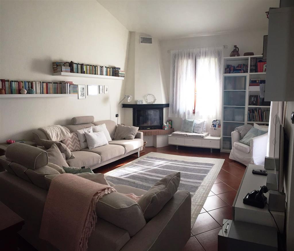 Villa Bifamiliare in Vendita a Bagnolo San Vito