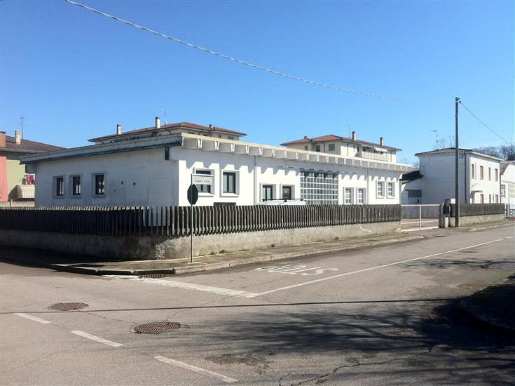 Laboratorio in affitto a Borgo Virgilio, 5 locali, zona Località: FRAZIONI: CAPPELLETTA, prezzo € 1.100   CambioCasa.it
