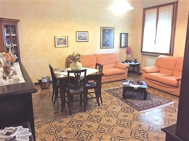Appartamento in vendita a Borgo Virgilio, 4 locali, zona Località: CERESE, prezzo € 95.000 | CambioCasa.it