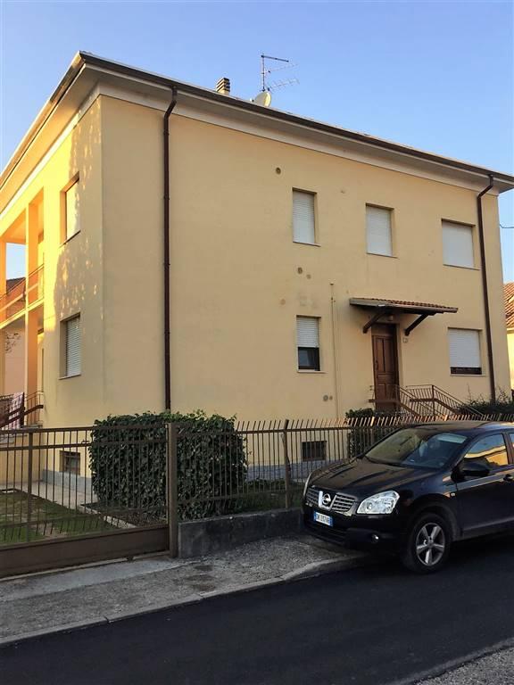 Appartamento in affitto a Borgo Virgilio, 4 locali, zona Località: FRAZIONI: CAPPELLETTA, prezzo € 500 | CambioCasa.it