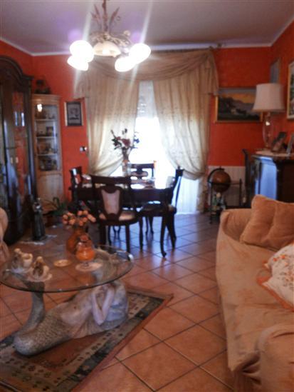 Appartamento in vendita a Augusta, 4 locali, prezzo € 155.000   Cambio Casa.it