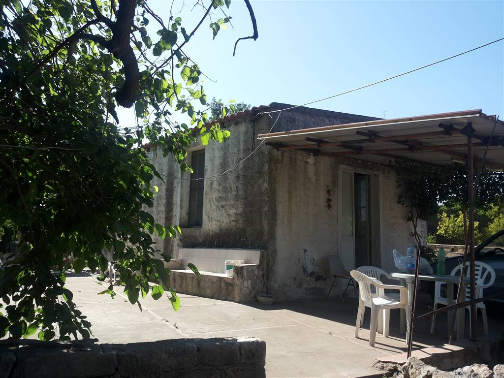 Soluzione Indipendente in vendita a Melilli, 1 locali, zona Località: SAN FRATELLO, prezzo € 30.000 | Cambio Casa.it
