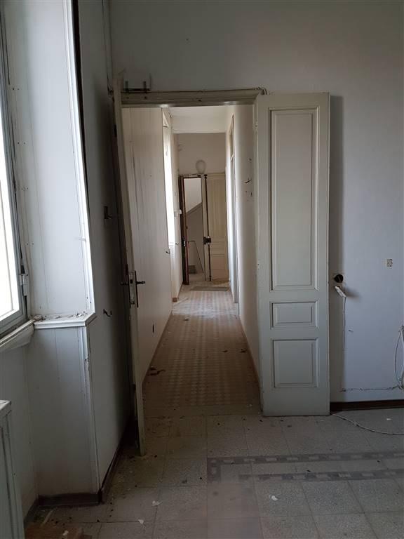 Appartamento in vendita a Augusta, 3 locali, prezzo € 28.000 | CambioCasa.it
