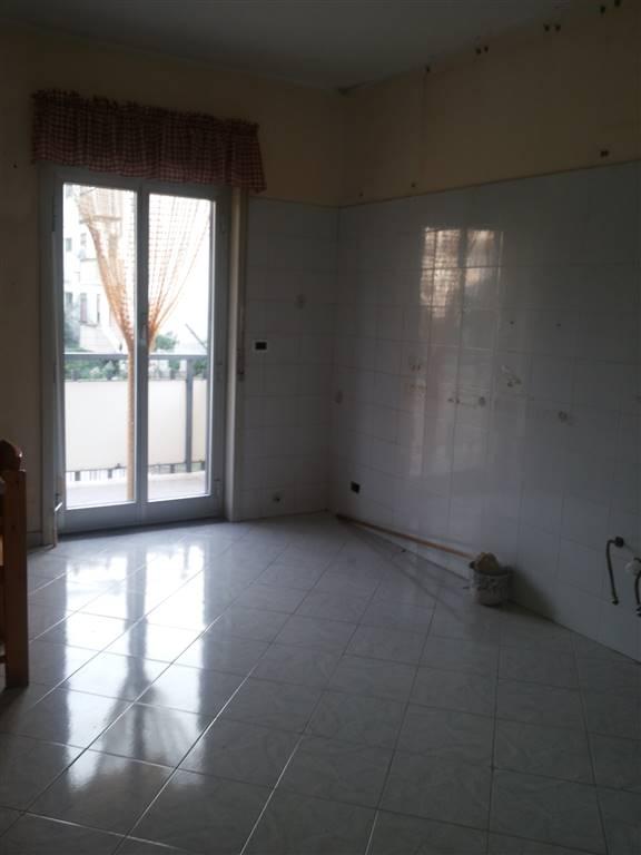 Appartamento in vendita a Melilli, 4 locali, zona Zona: Villasmundo, prezzo € 53.000 | CambioCasa.it