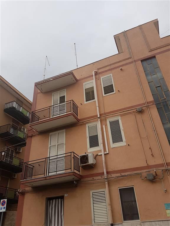 Appartamento in vendita a Augusta, 2 locali, prezzo € 45.000   CambioCasa.it