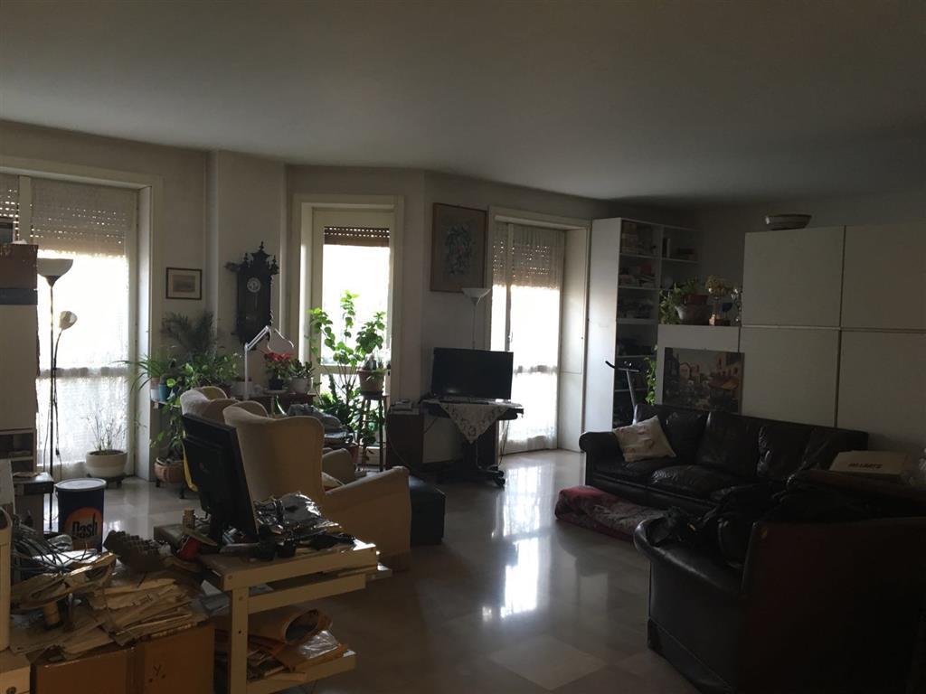 Appartamento in vendita a Milano, 5 locali, zona Località: PORTA VENEZIA, prezzo € 850.000 | Cambio Casa.it