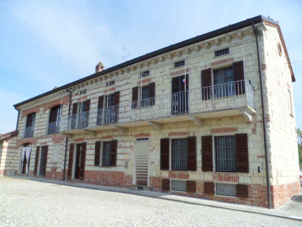 Rustico / Casale in vendita a San Giorgio Monferrato, 5 locali, Trattative riservate | Cambio Casa.it