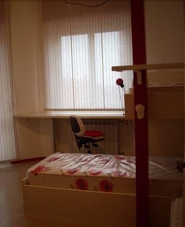 Appartamento in affitto a Trezzano sul Naviglio, 3 locali, prezzo € 1.000 | Cambio Casa.it