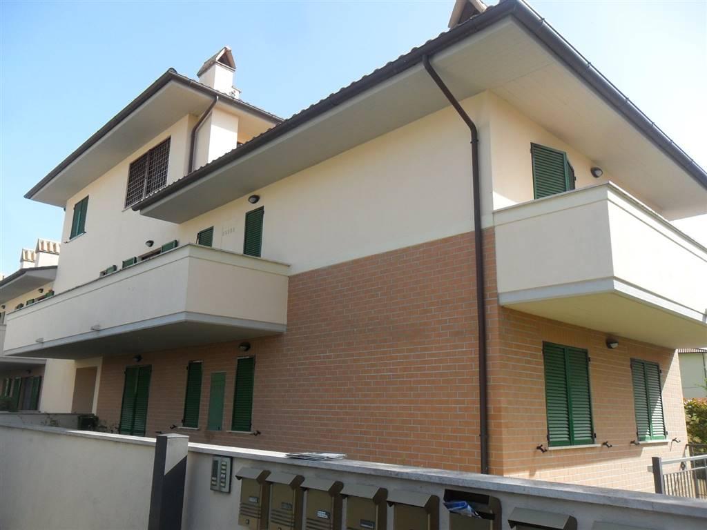 Casa foligno cerca case a foligno for Affitto appartamento arredato foligno