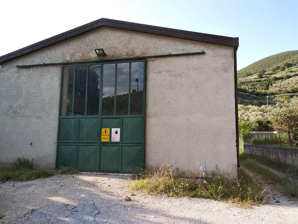 capannone  in Affitto a Foligno