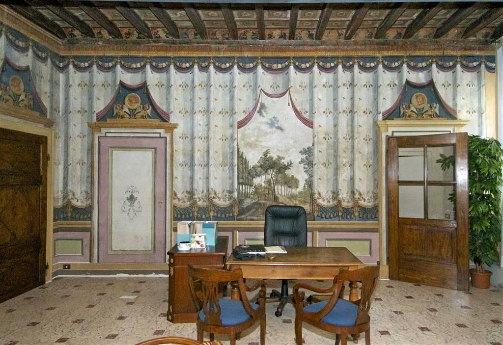 ufficio  in Vendita a Lodi