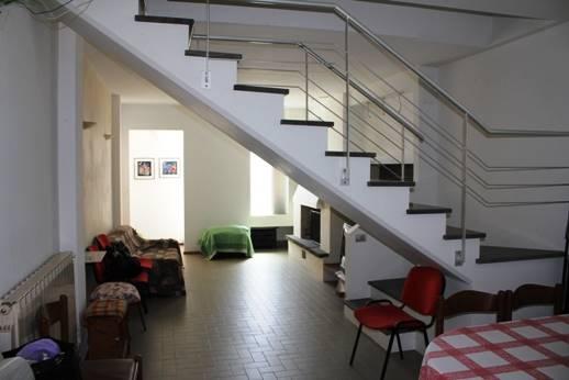 Villa-Villetta  in Affitto a Cupramontana