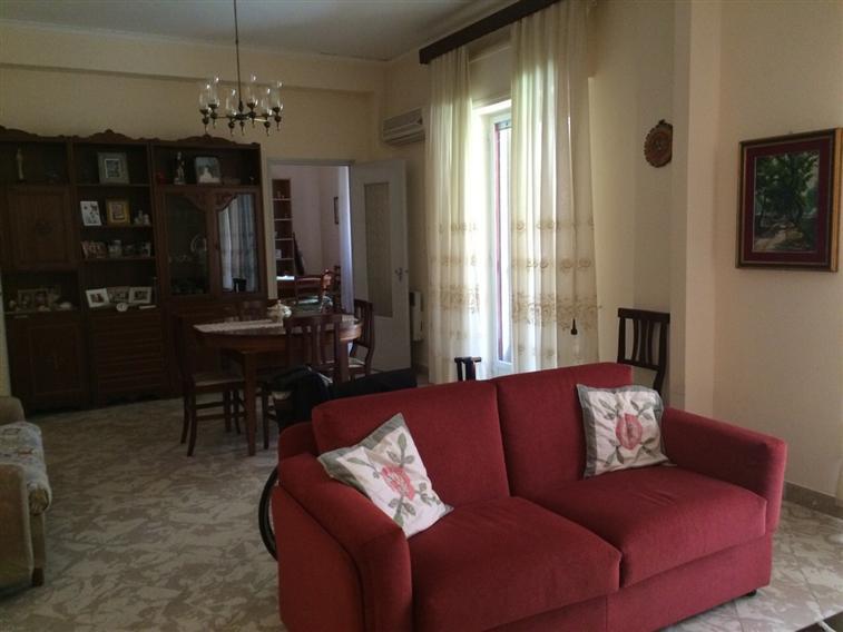 Appartamento in vendita a Balestrate, 4 locali, prezzo € 140.000 | Cambio Casa.it