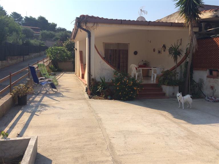 Villa in vendita a Balestrate, 3 locali, prezzo € 125.000 | CambioCasa.it