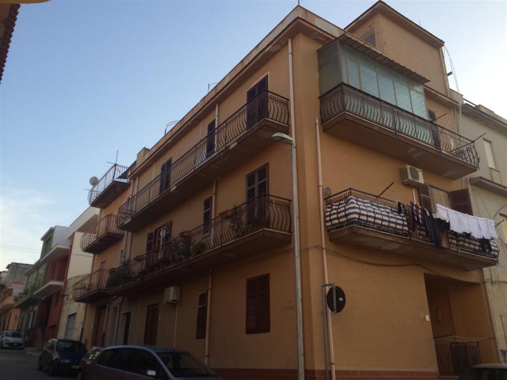 Appartamento in vendita a Balestrate, 4 locali, zona Località: BALESTRATE, prezzo € 125.000 | Cambio Casa.it