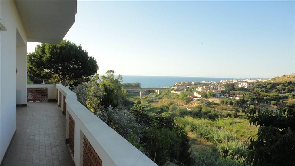 Villa in vendita a Balestrate, 5 locali, prezzo € 195.000 | CambioCasa.it