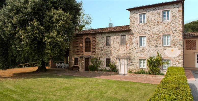 Rustico / Casale in affitto a Capannori, 6 locali, zona Località: SEGROMIGNO IN MONTE, prezzo € 2.000 | Cambio Casa.it