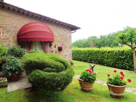 Rustico / Casale in affitto a Capannori, 2 locali, zona Zona: Gragnano, prezzo € 650 | Cambio Casa.it