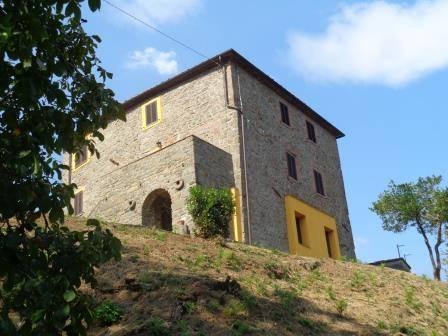 Rustico casale in Via Provinciale 35, Frazioni: Capoluogo, Villa Basilica