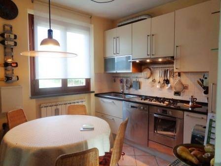 Appartamento in vendita a Altopascio, 3 locali, zona Zona: Badia Pozzeveri, prezzo € 105.000 | Cambio Casa.it