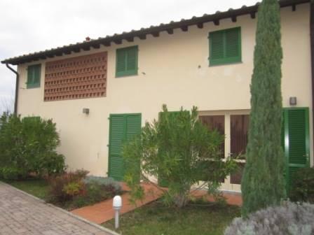 Soluzione Indipendente in affitto a Montecarlo, 3 locali, zona Zona: San Giuseppe, prezzo € 600 | Cambio Casa.it