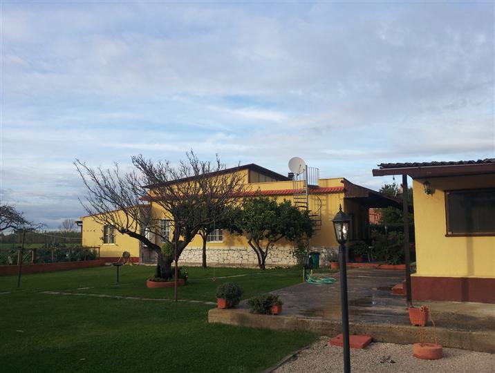 Villa, Borgo Sabotino, Latina