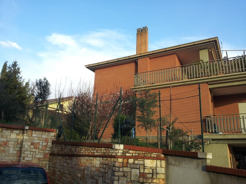 Appartamento in vendita a Norma, 5 locali, prezzo € 115.000 | CambioCasa.it
