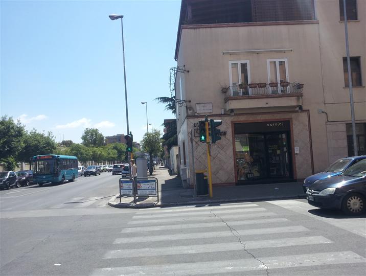Negozio / Locale in vendita a Latina, 9999 locali, zona Zona: Centro storico, prezzo € 300.000 | CambioCasa.it