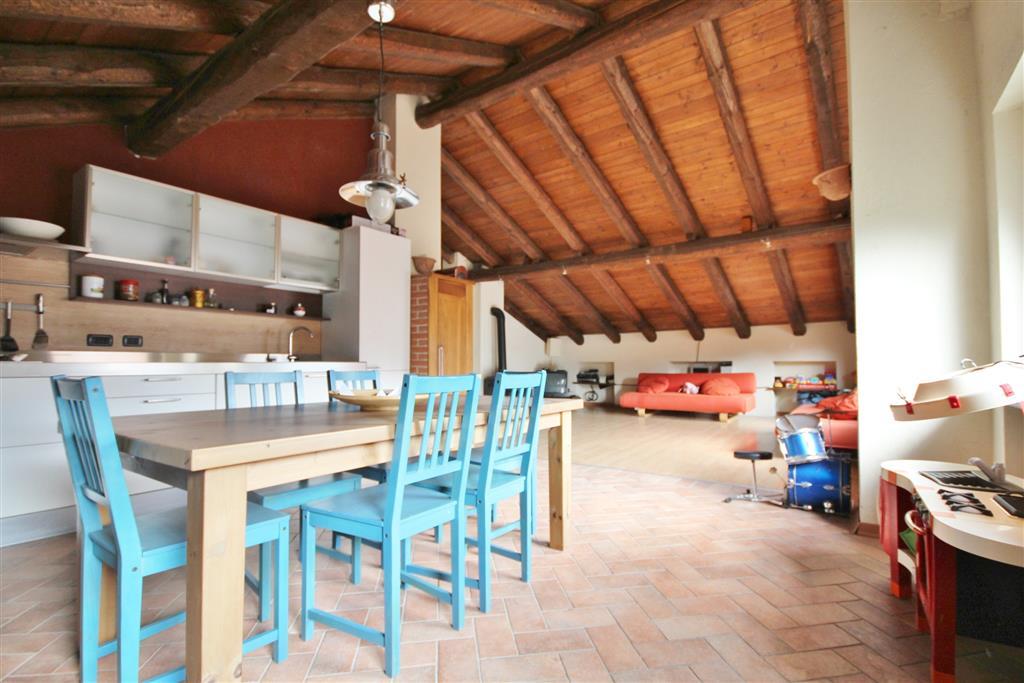 Rustico / Casale in vendita a Mondovì, 10 locali, Trattative riservate | Cambio Casa.it