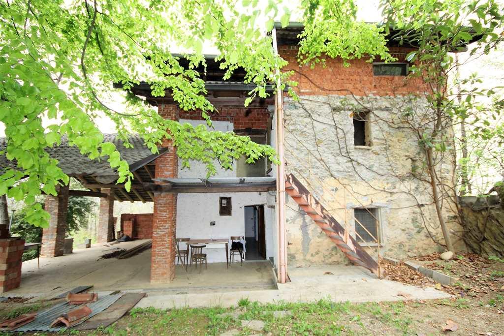 Rustico / Casale in Vendita a Bernezzo