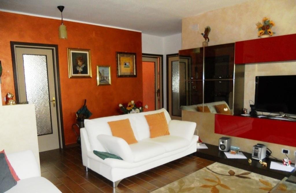 Appartamento in vendita a Cuneo, 4 locali, zona Località: SAN PAOLO, prezzo € 145.000 | Cambio Casa.it