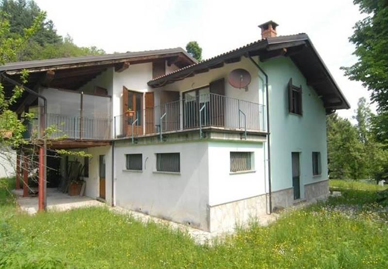 Soluzione Indipendente in vendita a Roccaforte Mondovì, 8 locali, zona Zona: Lurisia, prezzo € 330.000 | Cambio Casa.it