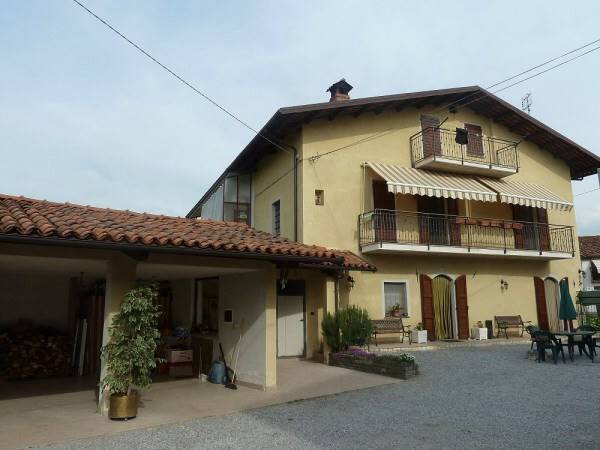 Soluzione Semindipendente in vendita a Pianfei, 4 locali, zona Località: CASCINA POTILA, Trattative riservate | Cambio Casa.it