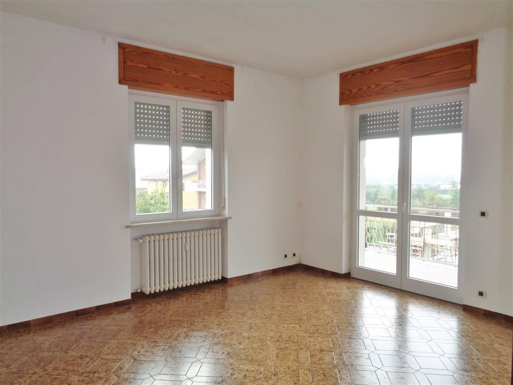 Appartamento in affitto a Mondovì, 4 locali, zona Località: S. ANNA AVAGNINA, prezzo € 400 | Cambio Casa.it