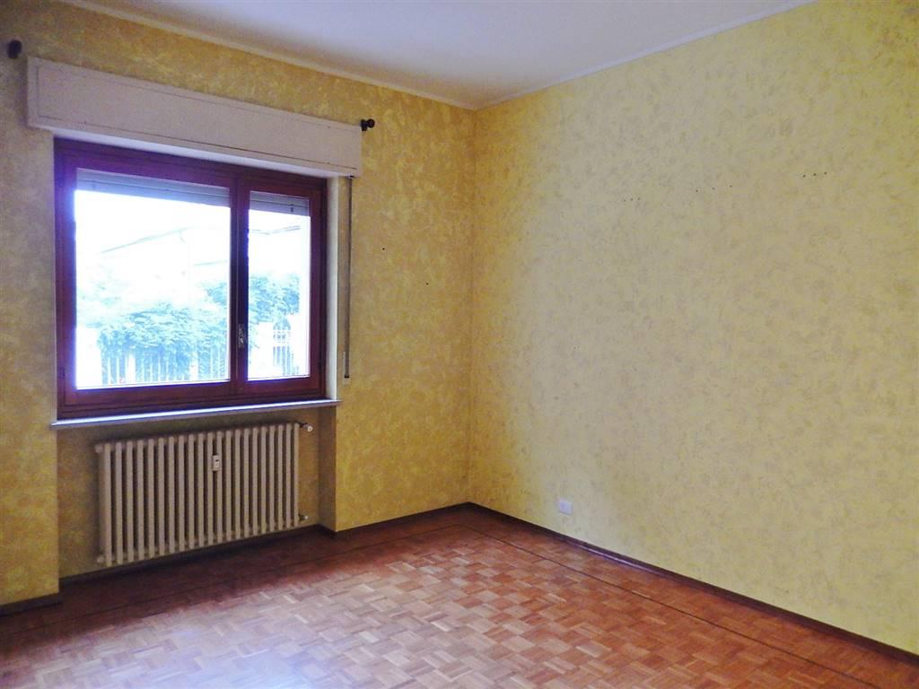 Appartamento in affitto a Cuneo, 3 locali, zona Zona: Centro città , prezzo € 400 | Cambio Casa.it