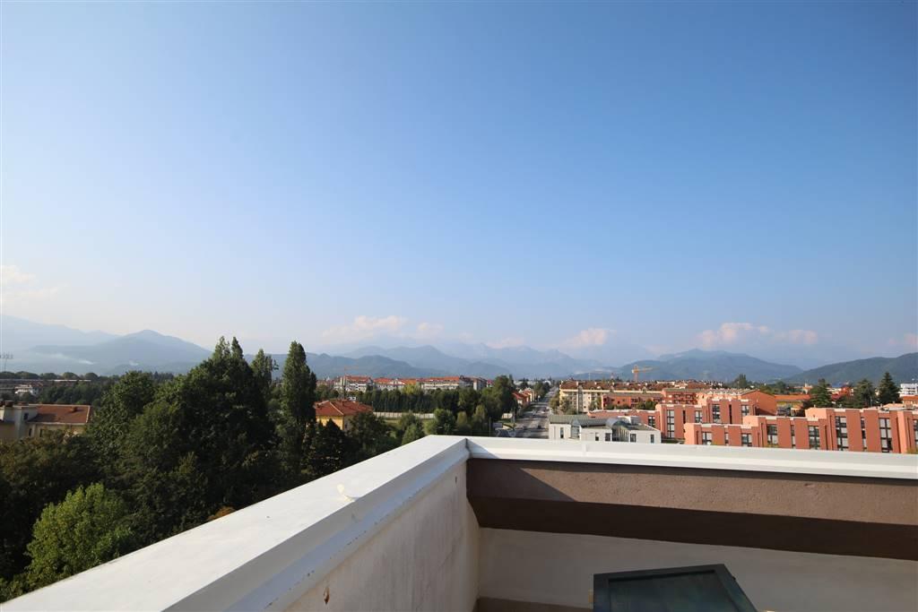 Attico / Mansarda in Affitto a Cuneo