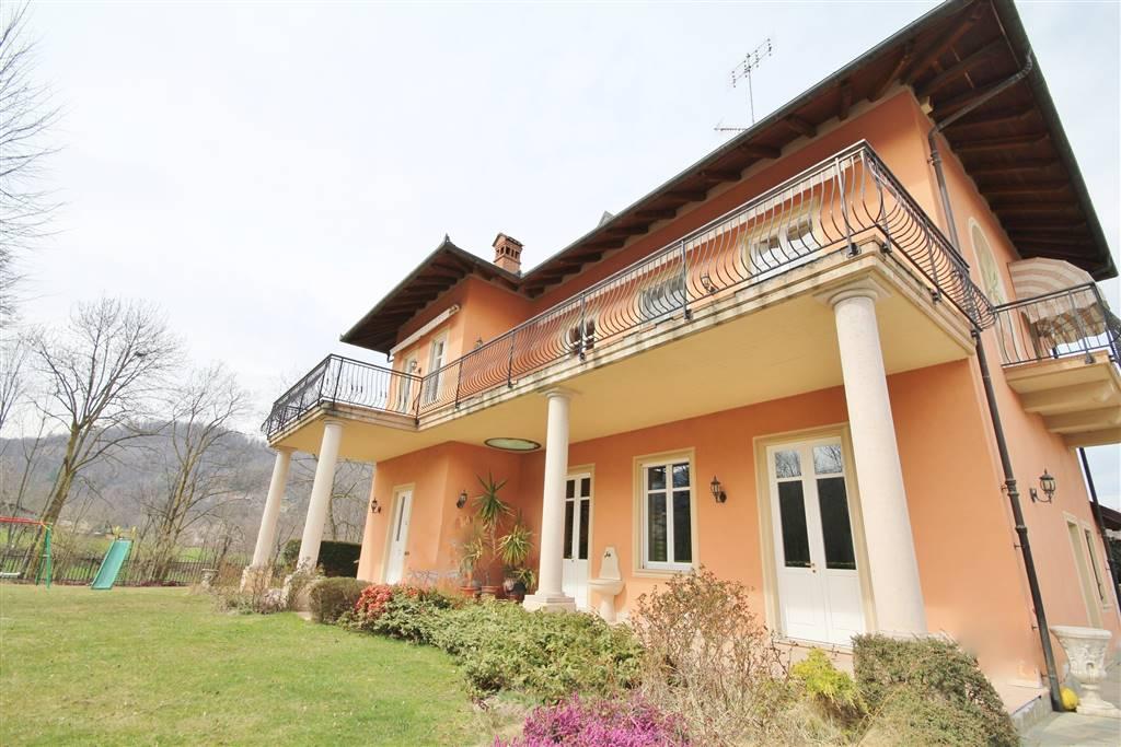 Villa in vendita a Peveragno, 7 locali, Trattative riservate | Cambio Casa.it