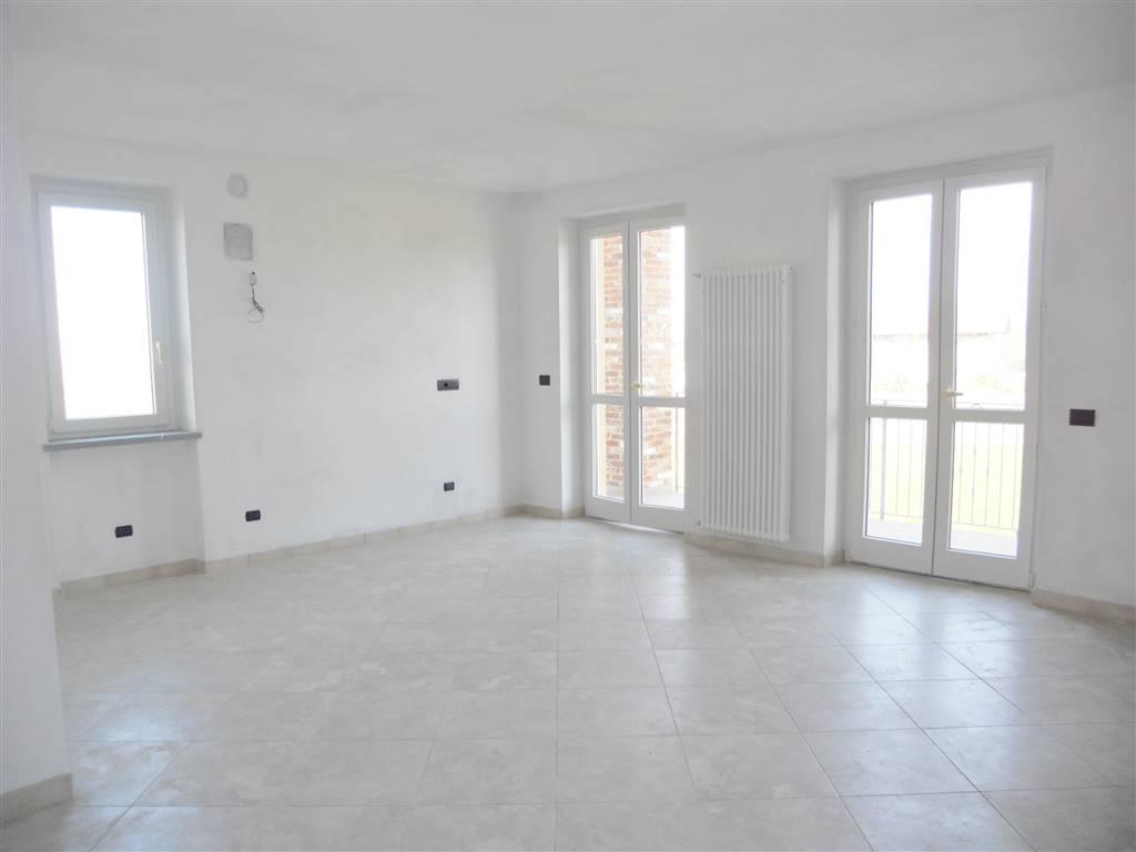 Appartamento in affitto a Villanova Mondovì, 3 locali, zona Località: CENTRO, prezzo € 400 | Cambio Casa.it