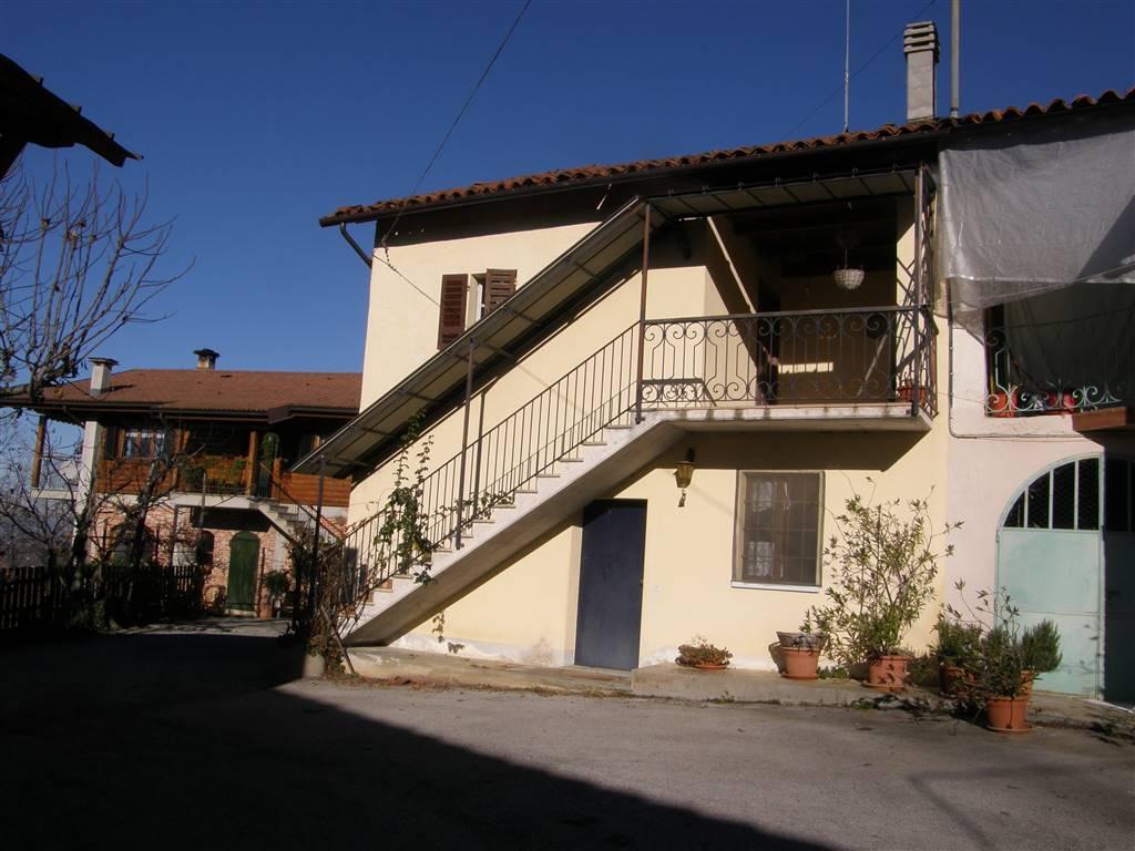 Rustico / Casale in vendita a Monastero di Vasco, 4 locali, zona Località: BERTOLINI, prezzo € 55.000 | Cambio Casa.it