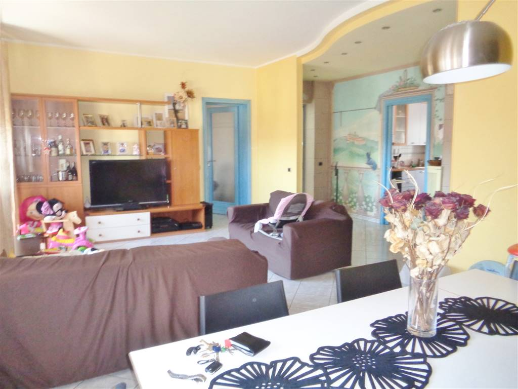 Appartamento in affitto a Mondovì, 4 locali, zona Località: ALTIPIANO, prezzo € 450 | Cambio Casa.it