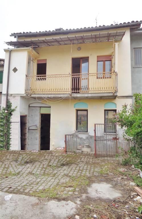 Soluzione Indipendente in vendita a Villanova Mondovì, 3 locali, zona Località: CENTRO, prezzo € 50.000 | Cambio Casa.it