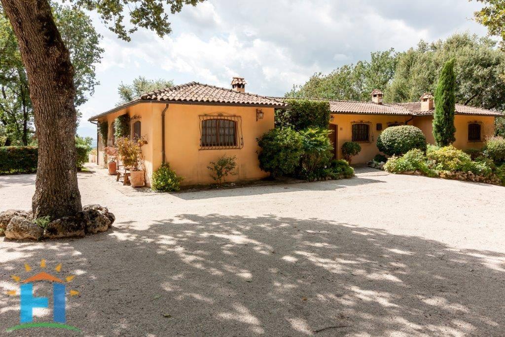 Villa-Villetta Vendita Baschi