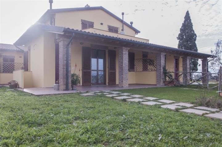 Appartamento in vendita a Campiglia Marittima, 2 locali, prezzo € 175.000 | Cambio Casa.it