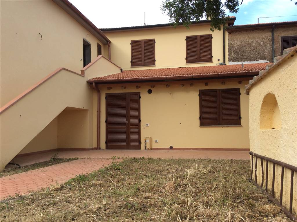 Appartamento in vendita a Piombino, 3 locali, zona Zona: Riotorto, prezzo € 110.000 | Cambio Casa.it