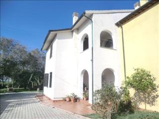 Appartamento in vendita a Campiglia Marittima, 7 locali, Trattative riservate | Cambio Casa.it