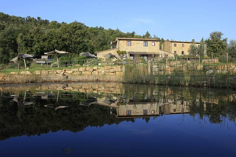 Rustico / Casale in vendita a Suvereto, 14 locali, prezzo € 950.000 | CambioCasa.it