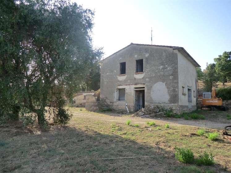 Rustico / Casale in vendita a Suvereto, 7 locali, prezzo € 580.000 | CambioCasa.it