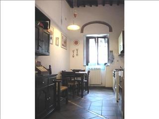 Appartamento in vendita a Suvereto, 3 locali, prezzo € 120.000 | Cambio Casa.it