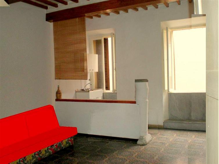 Appartamento in vendita a Massa Marittima, 5 locali, prezzo € 140.000 | CambioCasa.it